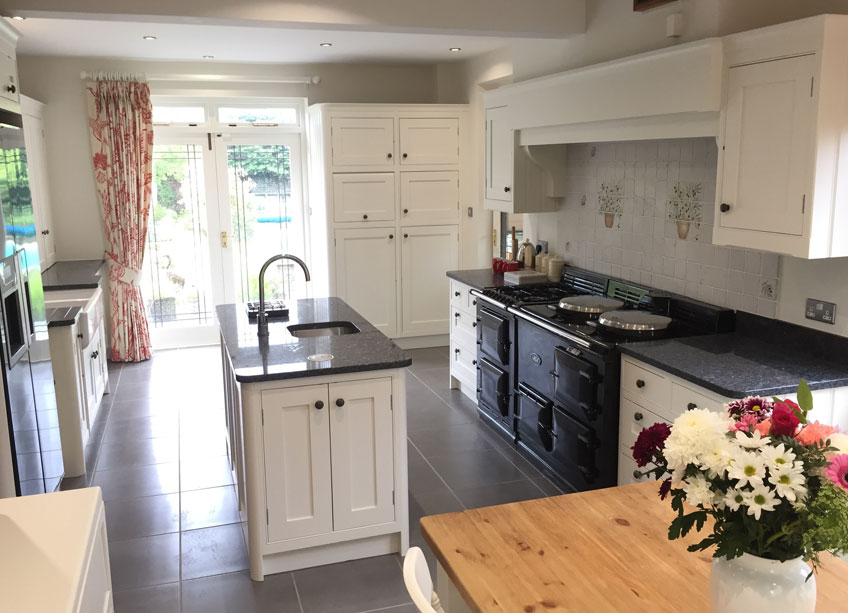 Hollands Finishes Painting Cabinets and Furniture
